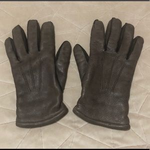 Deerskin taupe winter gloves